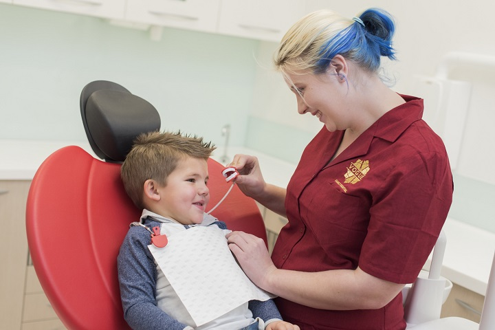 Fluoride Treatment for Kids in Chisholm